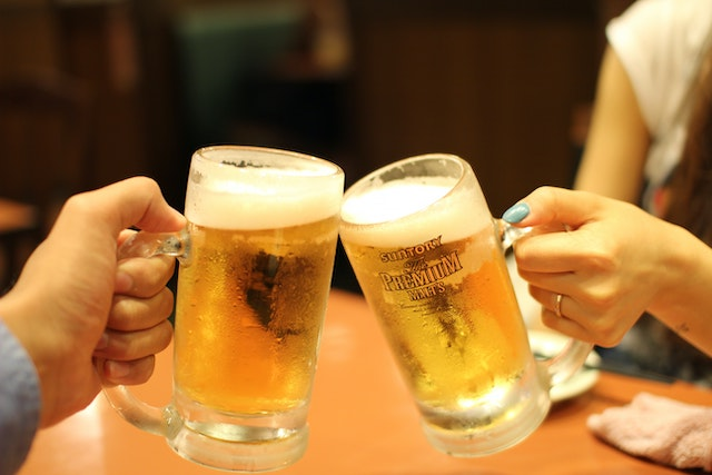 Two beers cheers